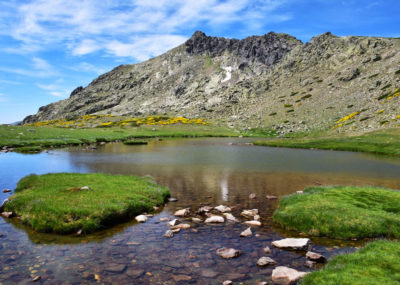 Hiking in Madrid. Hikes in Madrid with Dreampeaks. Guided hiking tours in Madrid