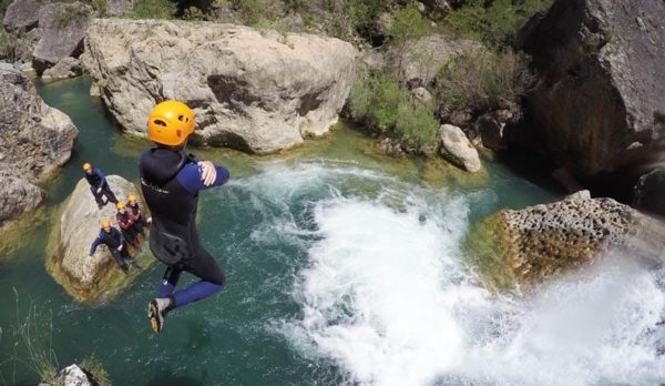 Canyoning in Cuenca. Canyoning in Madrid with Dreampeaks