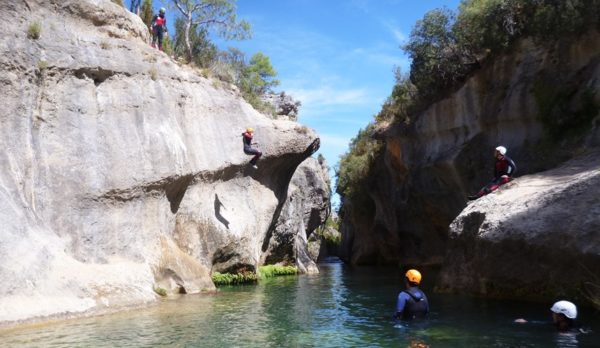 Canyoning in Madrid. Adventure in Madrid with Dreampeaks.