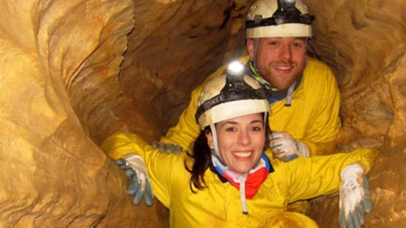 Caving in Madrid. Adventure in Madrid with Dreampeaks.