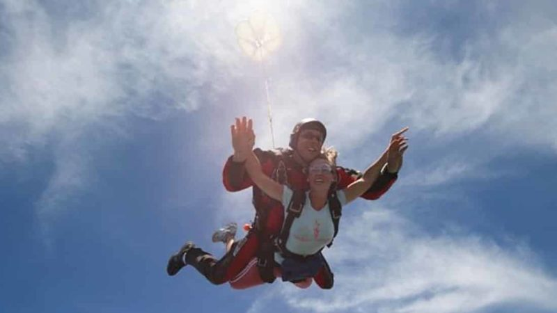 Skydiving in Madrid Dreampeaks - Adventure outdoor activities & adventure tours in Madrid