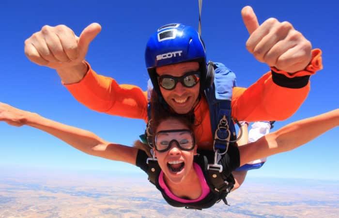Dreampeaks - Adventure outdoor activities & adventure Skydiving in Madrid