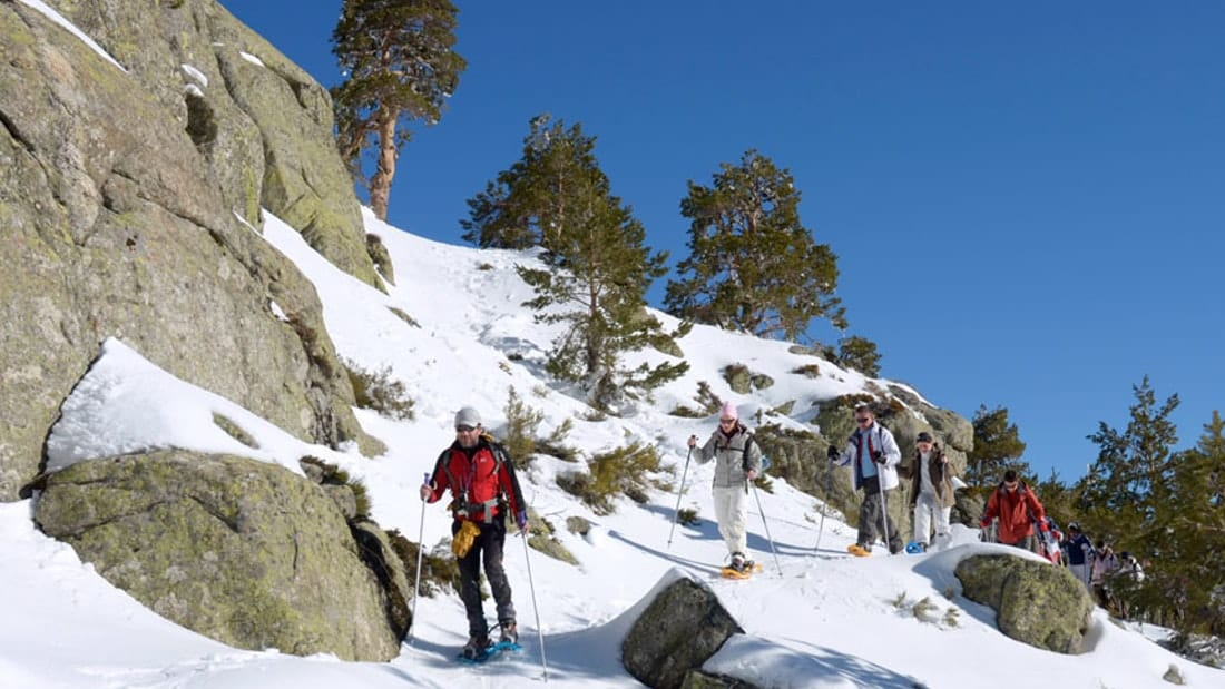 Snowshoeing in Madrid. Snowshoe Hikes Madrid. Snow sports Madrid with Dreampeaks