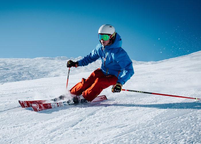 Skiing in Madrid. Ski tour in Madrid with Dreampeaks